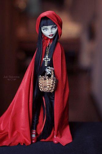 OOAK Ghoulia Little Red Riding Hood #OOAK # Monster High #…   Flickr