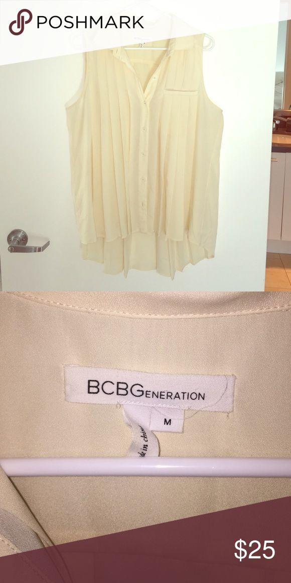 BCBGeneration Cream Blouse cream short sleeve top BCBGeneration Tops Blouses