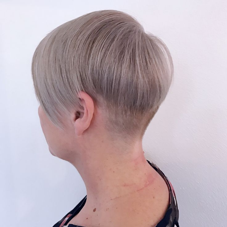 Womens Short Hair cut