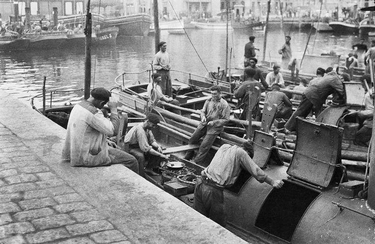 1920. Pescadores