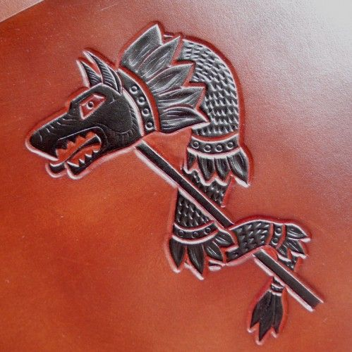 Handcarved leather, armguards, Draco -the Dacian wolf, tooled leather, hand painted (detail)