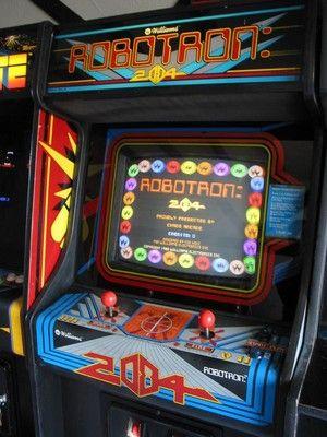 robotron arcade game | Robotron 2084 Video Arcade Game: 1982 Williams