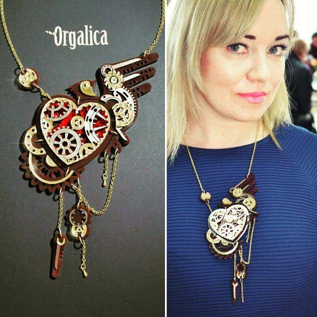 СТИМПАНК - СТИЛЬ ДЛЯ ФАНТАЗИЙНЫХ МОДНИЦ!!! Steampunk - fancy styles for fashionistas !!! Доступны к заказу! (⤴Подробности в Директ) 📪📫📭📬Доставка по всему миру. Available to order! (⤴ Details Direct) 📪📫📭📬 shipping worldwide.  #Оргалика#Orgalica#колье#fashion#fashionaccessories#acsessories#acrylic#a#facturamarket#весна2016#necklace#steampunkstyle#steampunkfashion#steampunk#jewellery#jewelry#российскиедизайнеры#россия#массивноеколье