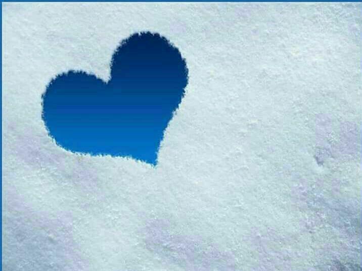 أتخنقني الحياة وأنت ربي وأنت الله في ضعفي وكربي وأنت الله إن كثرت ذنوبي وغاب الطهر عن قلبي ودربي وأنت مقدر الأقدار عدل رحيم تحتوي باللطف قلبي Blue Heart Blue
