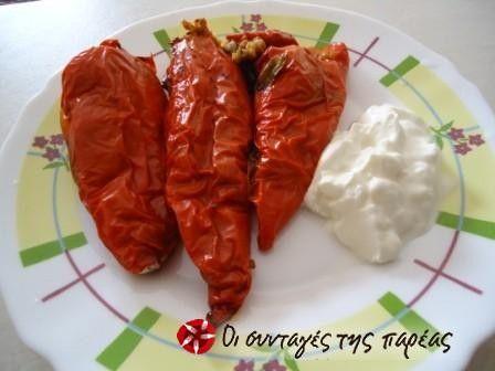 Πιπεριές Φλωρίνης γεμιστές μούρλια