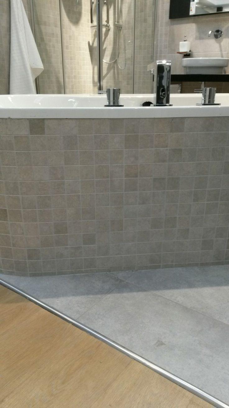17 beste idee n over moza ek badkamer op pinterest familie badkamer witte tegels in de - Mozaiek en tegels ...