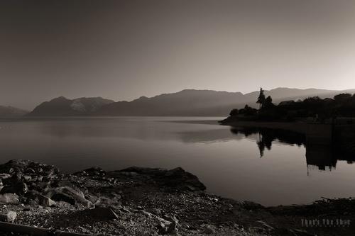 Lake Hawea - 2874-web.jpg