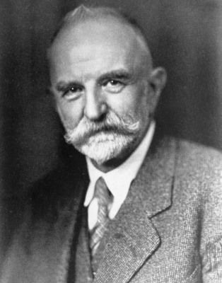 compare herbert mead and georg simmel Goffman compared these two choices to a 'backstage' and a frontstage'  georg  simmel, a german sociologist also had a perspective on this  by applying  george herbert mead's theory of self we can see that some.