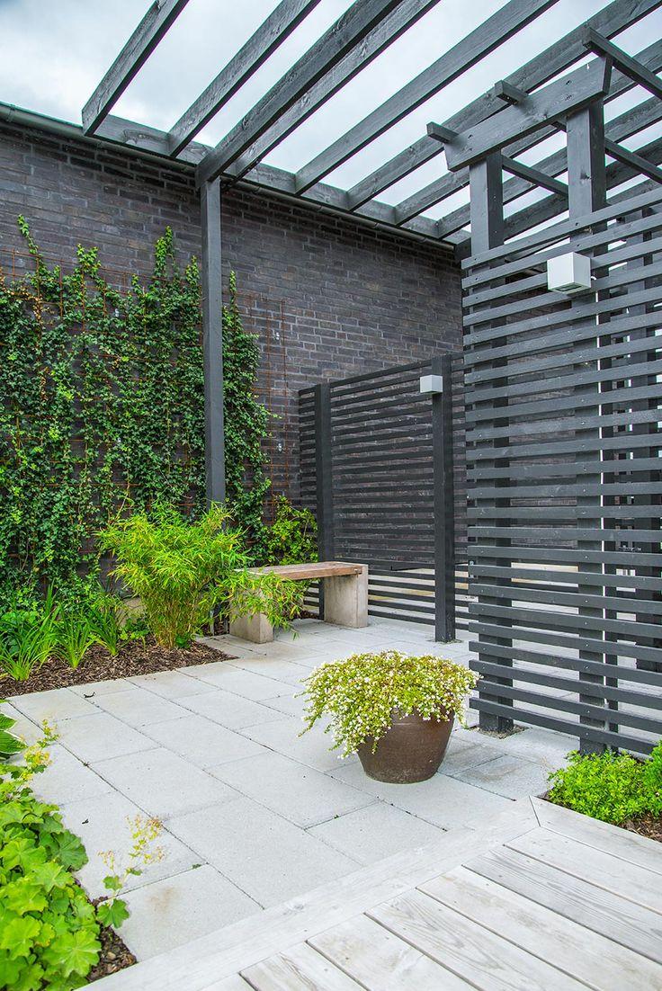 Trädgård plank trädgård : The 25+ best TrädgÃ¥rd radhus ideas on Pinterest | Pergolor ...