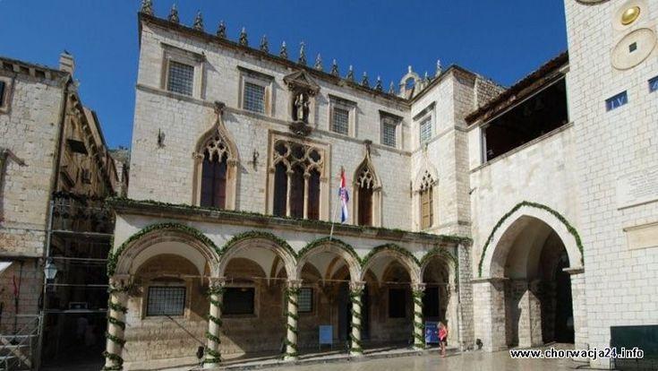 Pałac Sponza w Dubrovniku Więcej informacji o Chorwacji pod adresem http://www.chorwacja24.info/zdjecie/palac-sponza-w-dubrovniku