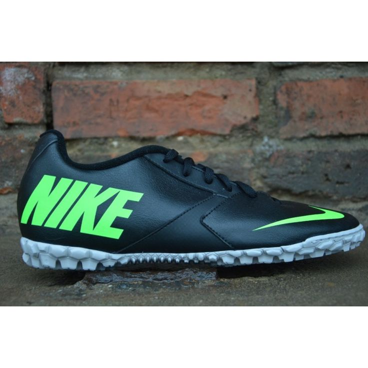 Obuwie do piłki nożnej (turf) Nike Bomba II numer katalogowy: 580444-030