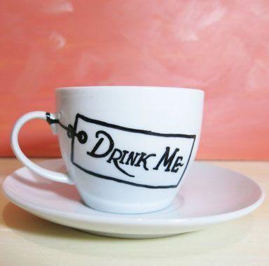 10 Great Literary Mugs #alice #wonderland