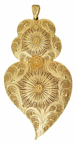 ourivesaria portugursa- filigranas - Coração minhoto em ouro amarelo