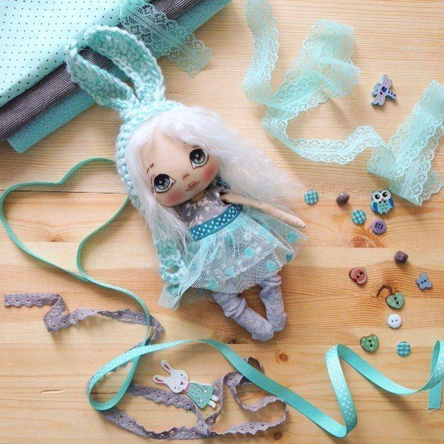 Готова, заинька не продается;) рост 20 см без ушей;) #кукла #куклы #купить #куколка #олли #обувьдлякукол #одеждадлякукол #ручнаяработа #авторскаякукла #авторскаяработа #doll #dolls #artdoll #textilledoll