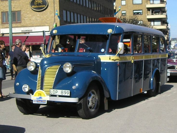 Volvo L202 bus