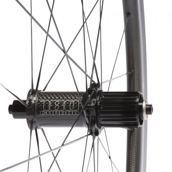 New for 2015: FFWD F4R SPECIAL Silver Edition with Full Carbon DT180 hubs!