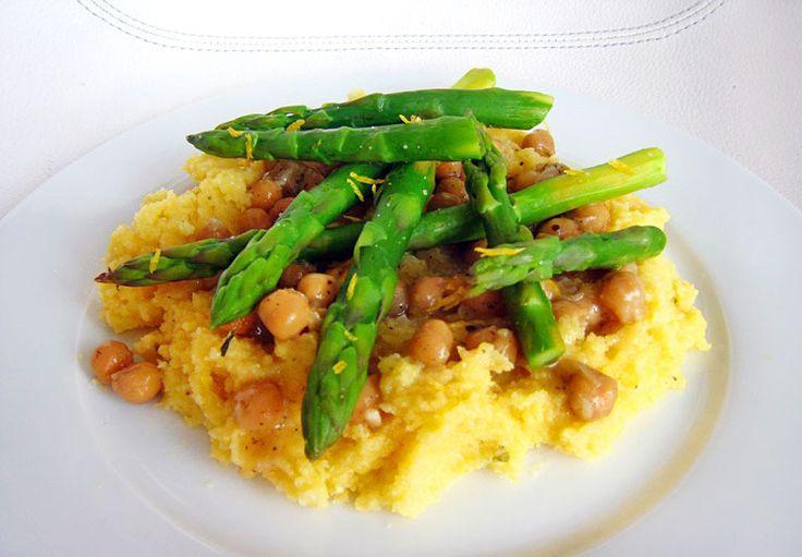 Výborné jednoduché jídlo na chřestovou sezónu. Lehké, ale přitom zasytí a hlavně opravdu skvěle chut | Veganotic