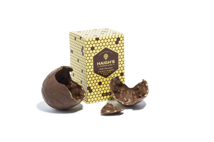 Milk Chocolate Honeycomb Egg. Hand foiled 137mm milk chocolate egg with honeycomb pieces in a gift box.