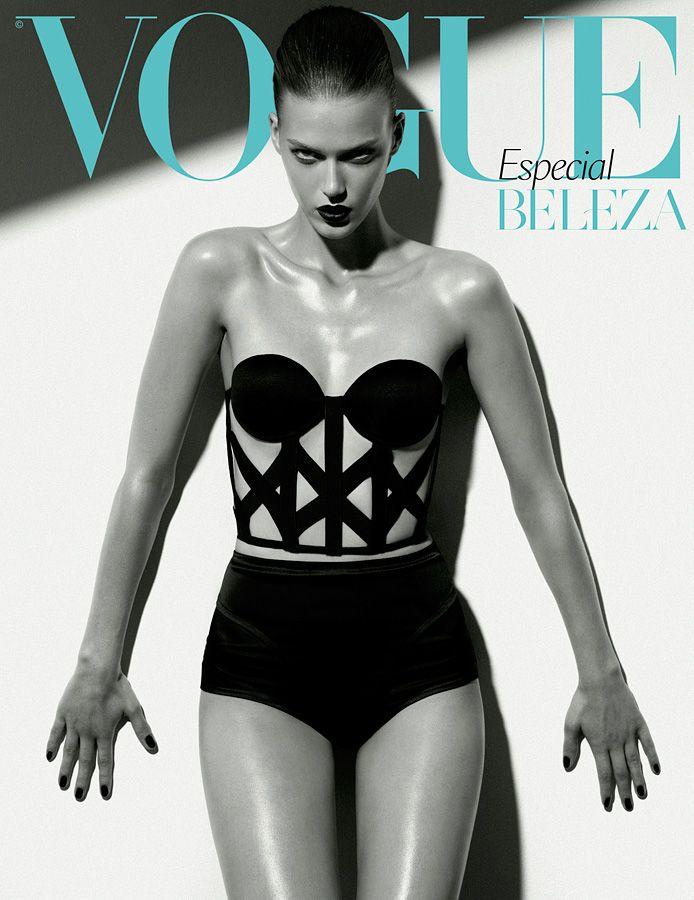 O fotógrafo francês Florian Sommet clica a bela modelo alemã Tess Hellfeuer para a Vogue Portugal