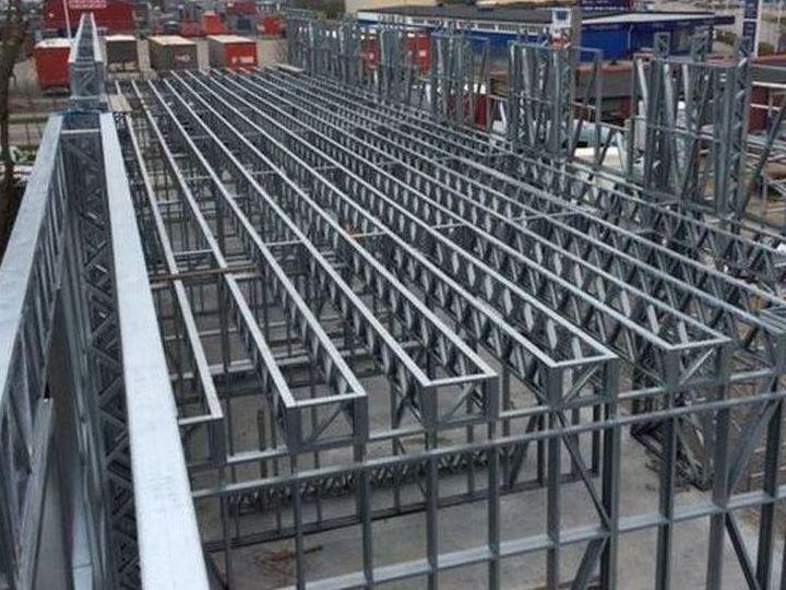 Planseu din structura metalica usoara