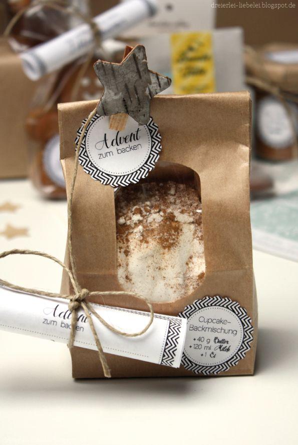 Dreierlei Liebelei: Ein paar Worte zum Liebeleiblogwichteln 2012 + Rezept für eine Cupcake-Backmischung + Freebie