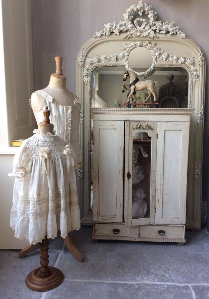 1514 besten shabby french bilder auf pinterest antike puppen vintage kleider und bungsk pfe. Black Bedroom Furniture Sets. Home Design Ideas