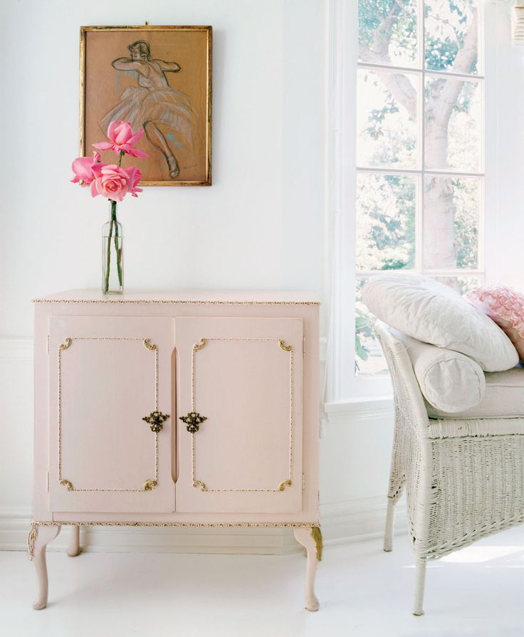 1325 best images about rachel ashwell shabby chic couture on pinterest nyc cottages and shabby. Black Bedroom Furniture Sets. Home Design Ideas
