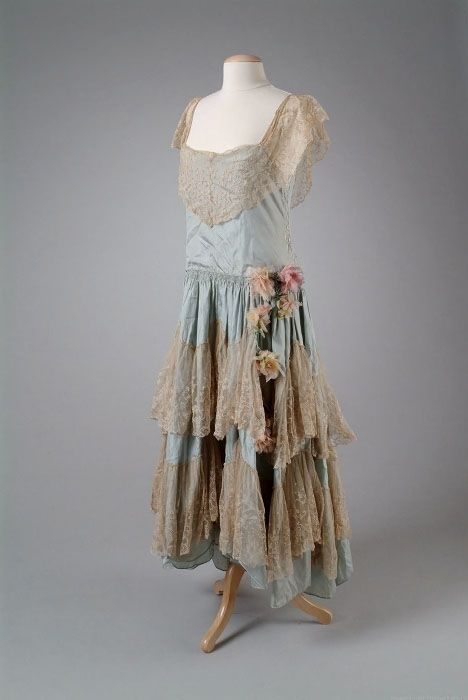 this vintage 1920s party dress makes me wish more than anything i had a time machine
