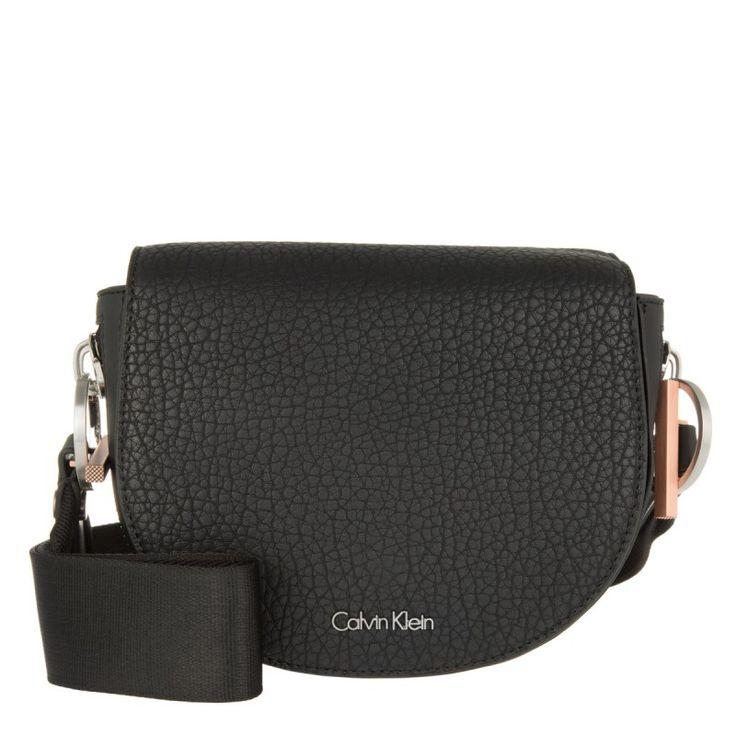nice calvin klein tasche quinn saddle bag black in. Black Bedroom Furniture Sets. Home Design Ideas