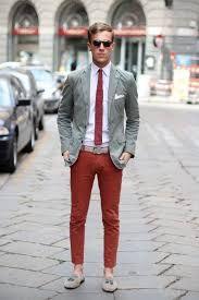 Resultado de imagen para pantalon rojo hombre combinacion