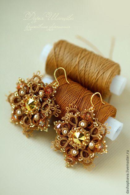 Tatting earrings / Кружевные серьги `Золото осени` сплетены в технике фриволите (анкарс). Ажурные серьги декорированы кристаллами Сваровски и японским бисером. Вечерние серьги со Свраовски.