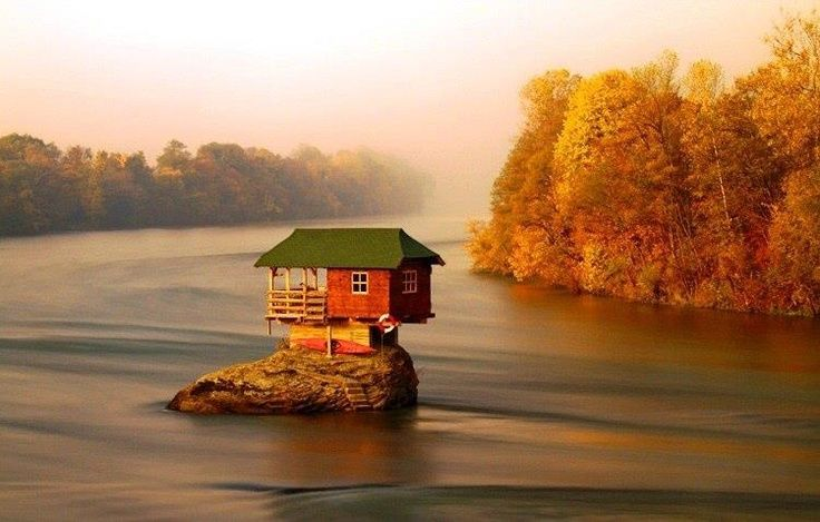 Bain, Zlatibor, Serbia www.missdinkles.com