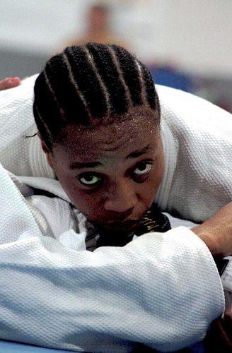 柔道で注目すべきは、難民選手団の一人ヨランデ・ブカサ・マビカ選手。リオデジャネイロオリンピック・リオ五輪2016