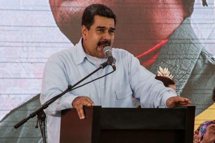 """<p>EEUU acusó hoy al presidente venezolano, Nicolás Maduro, de tratar de """"cambiar las reglas del juego"""" para asegurarse el poder con la convocatoria de una Asamblea Constituyente, y advirtió de que podría estudiar nuevas sanciones a funcionarios venezolanos a raíz de ese """"paso atrás"""" en Venezuela.</p>"""