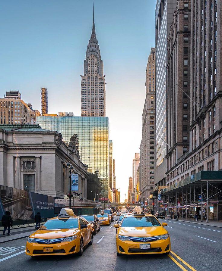 "Noel Y. C. on Instagram: ""East 42nd Street, Manhattan, New York City ********************************* #rsa_streetview #igPodium #presidentsday…"""