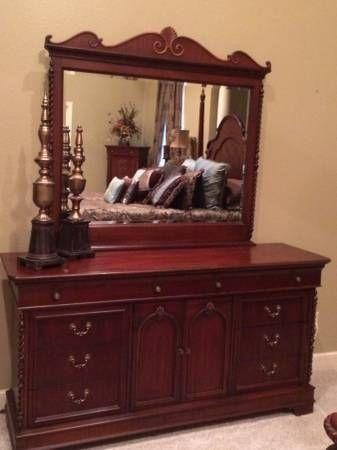Lexington Vestiges Of Our Past Triple Dresser And Mirror