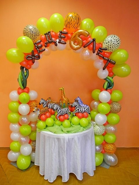 Safari birthday party ideas birthdays jungle party and for Balloon decoration ideas for birthday party