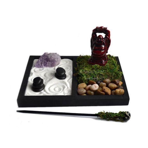 Mini jardín Zen / / estatua de Buddha de risa / / accesorio de escritorio / / terrario / / amatista cristal de cuarzo en bruto / DIY Kit Zen / / meditación