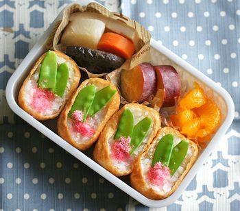 """いなり寿司は、もちろんお弁当にだって◎ これからの時期、お子さんの運動会を控えているという方も多いのではないでしょうか。そんな時、こんな可愛いいなり寿司があったら、お子様もきっと喜ぶはず! 今回は、そんなひと手間かけた""""絵になる""""いなり寿司レシピをご紹介します。"""
