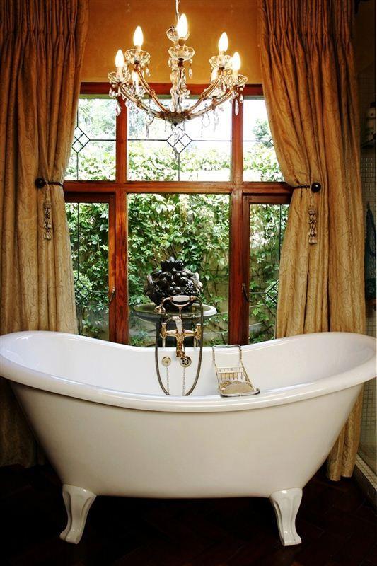 Romantic Tub at Morrells Farmhouse #Johannesburg