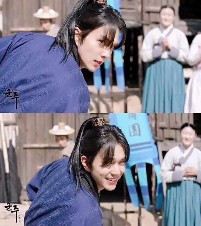 Yoo Seung Ho nhận mưa lời khen với cảnh quay hành động đẹp mắt trong 'Ruler'