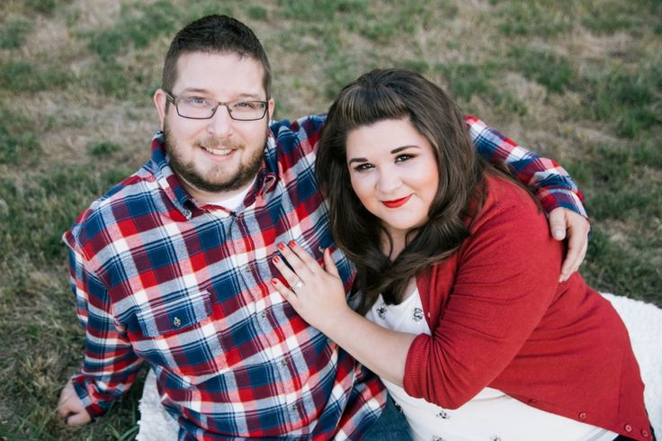 {Curvy Engagement} Fall Orchard Engagement Session | Kevin Gilgan Photography