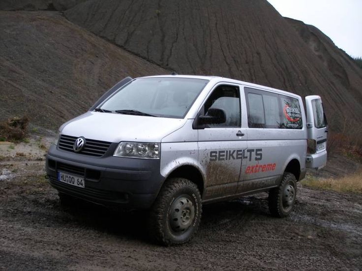 4wd vw 4wd van door wind noise reduction on a sprinter such as httpshagadelicvwinfogmbulley soundproofintrir1ml offer great advice and pictures on how fandeluxe Choice Image