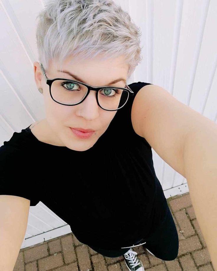 Haare mit brille damen kurze Frisuren Für