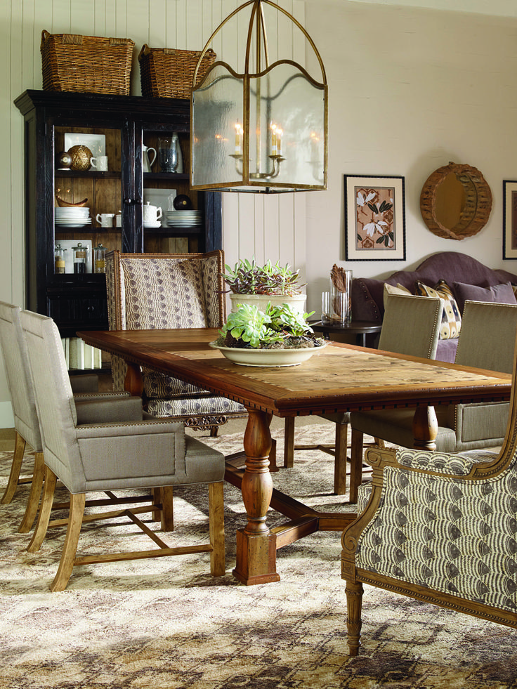 Makes Beautiful The More Simple Dining Room This Is A Great Look For Large Combined Space