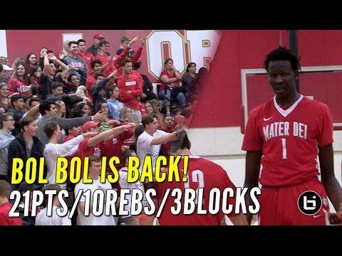 """Manute Bol's son Bol Bol is a 7'1"""" high school basketball prodigy."""