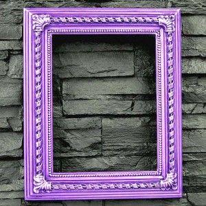 Marco Espiral para enmarcar lienzos, fotografías o espejos. Disponible en todas las medidas de paisaje y figura.Medidas: Ext. 53 x 38,5 cm - Int. 41 x 27 cm Decorado artesanalmente en resina de poliuretano. Precio: 63 euros #decoracion con encanto #Espejos