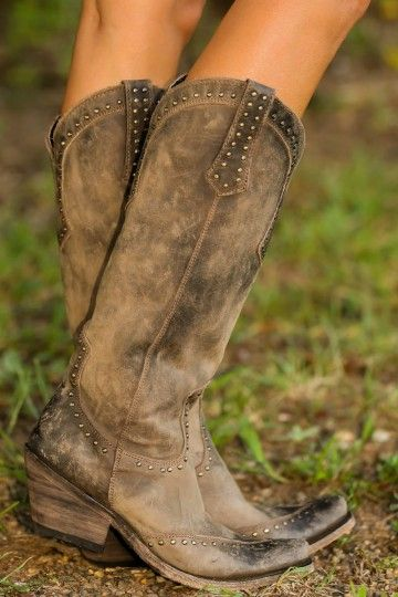 Cowgirl Boots * pinned my boards - (Everything Country) and on (Shoes, Sandals, Boots & Bags)