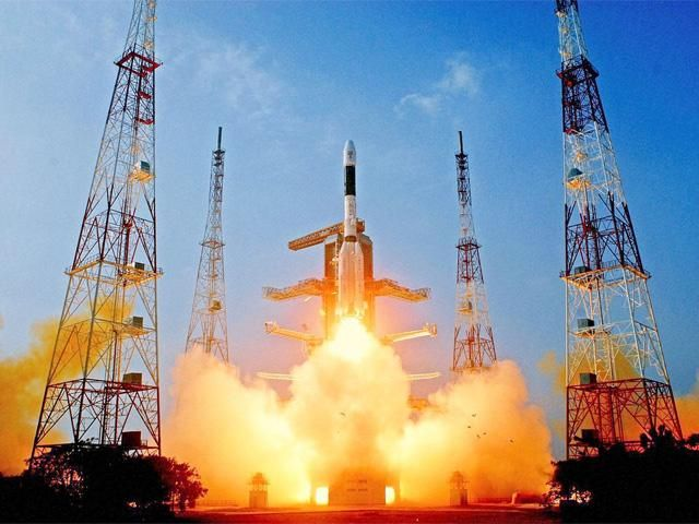 Slideshow : Successful GSLV launch pitchforks India into elite group - Successful GSLV launch pitchforks India into elite group | The Economic Times