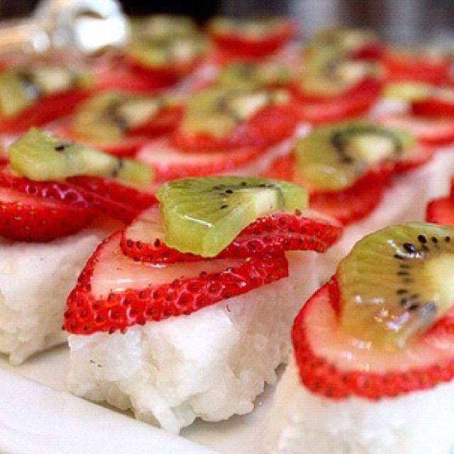 define fruitful fruit sushi